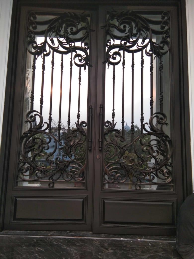 Pintu Utama (2)