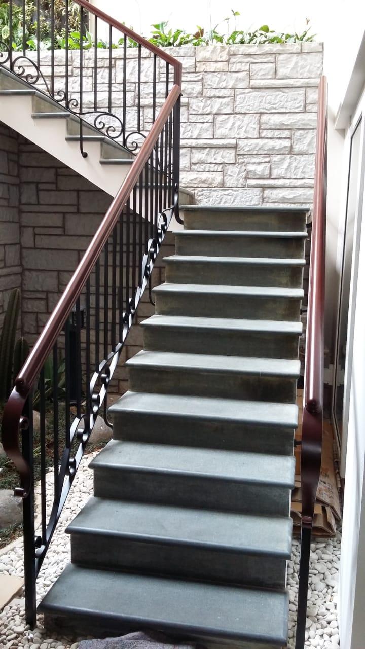 Raling tangga (6)
