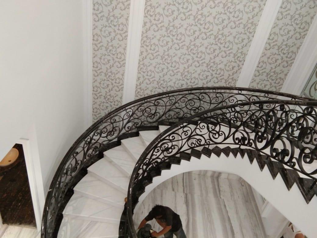 Raling tangga (9)